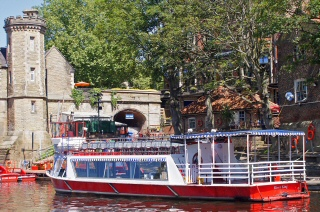 York River Cruise Boat Trips